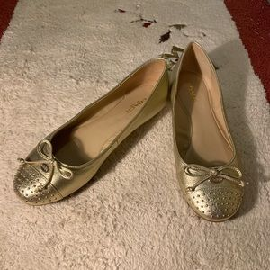 NEW Coach flat golden color cute and comfortable